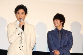 舞台挨拶を盛り上げた窪田正孝と大泉洋「東京喰種 トーキョーグール」