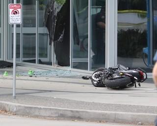 事故現場の様子「デッドプール」