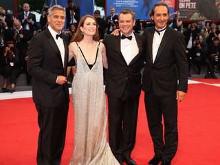 ジョージ・クルーニー監督、マット・デイモンとジュリアン・ムーアらとともにレッドカーペットに「パンズ・ラビリンス」