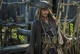 「パイレーツ」最新作の未公開映像入手!ジャック、海賊から強盗に転職!?
