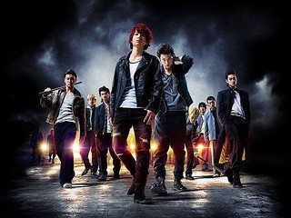健太郎(中央左)ら若手注目俳優がズラリ!「デメキン」