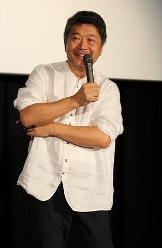 観客とのティーチインに 応じた是枝裕和監督