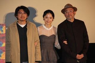 ティーチインを行った青山真治監督(右)、 宮崎あおい、斉藤陽一郎「EUREKA ユリイカ」