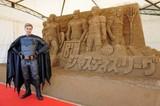 使った砂の量、実に150トン!鳥取に「ジャスティス・リーグ」巨大砂像完成