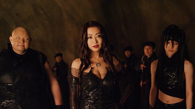 「出てくるたびに驚いて」 松雪泰子、人間的要素削いだ「ハガレン」ラスト役を語る