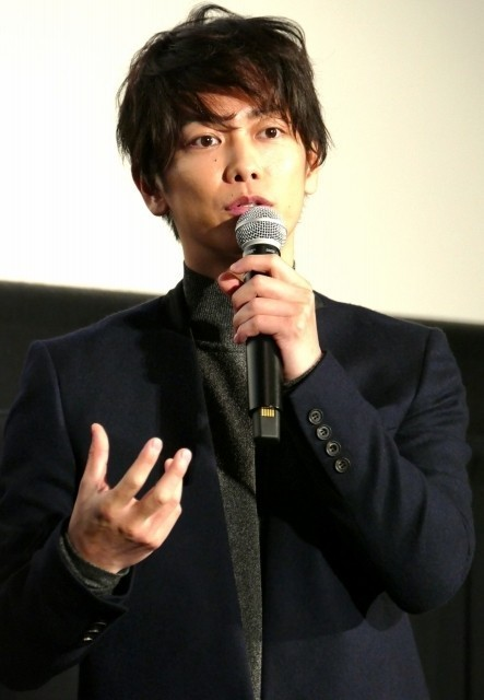 佐藤健、熱烈ファン相手に「8年越しの花嫁」胸キュンシーンを再現! - 画像1