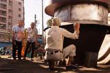 大阪・釜ヶ崎が舞台、落語ベースの人情喜劇「月夜釜合戦」が関西で公開 16ミリで上映
