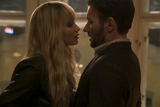 ローレンスが女スパイを 演じる「レッド・スパロー」