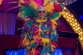 ステージ衣装のまま、激しいアクションにも挑戦!「キングスマン ゴールデン・サークル」