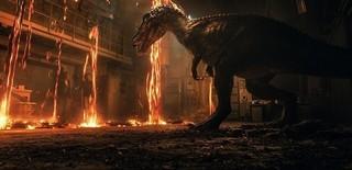 今度の新種はもっと凶暴? (C)Universal Pictures「ジュラシック・ワールド 炎の王国」