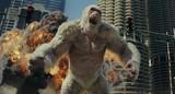ロック様が巨大怪獣と大乱闘!ハチャメチャ映像満載「ランペイジ」5月公開決定&特報披露
