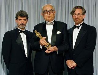 黒澤明監督の名誉賞受賞では ルーカス&スピルバーグがプレゼンターに「ウィンストン・チャーチル ヒトラーから世界を救った男」