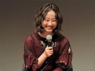 加藤雅也との舞台挨拶で 爆笑する松井玲奈「全員、片想い」