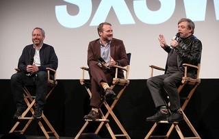 (左から)アンソニー・ウォンケ監督、 ライアン・ジョンソン監督、マーク・ハミル「スター・ウォーズ 最後のジェダイ」