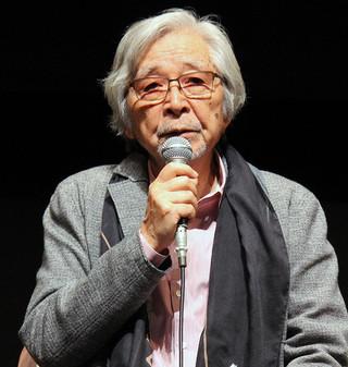 会見した山田洋次監督「母と暮せば」