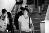 人間の理性崩壊!村上虹郎主演「銃」モノクロの映像美際立つ特報完成