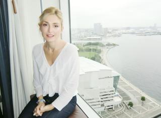 来日した仏女優ジュリー・ガイエ