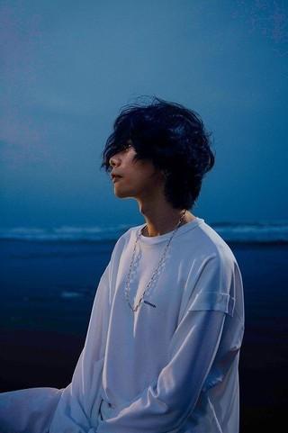 単独では初の映画主題歌「海の幽霊」を 書き下ろした米津玄師