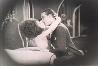 ルドルフ・バレンチノとアラ・ナジモバが 共演した「椿姫」(1921年版)