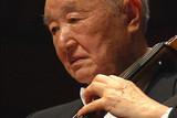 自尊を弦の響きにのせて 96歳のチェリスト 青木十良