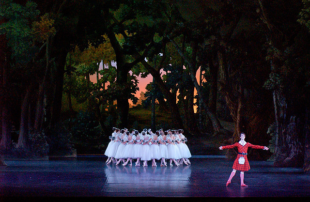 マチュー・ガニオの「パリ・オペラ座へようこそ ライブビューイング2012~2013 第7作 ラ・シルフィード(バレエ)」の画像