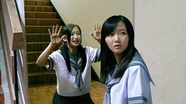 中江友梨の「学校の怪談 呪いの言霊」の画像