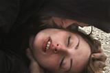 神様なんかくそくらえの映画評論『突き放すような幕切れがせつない 嵐の只中にいる少女の記録』