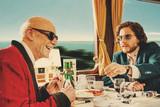 僕とカミンスキーの旅の映画評論『老練な芸術家と功名心とエゴで膨れ上がった青年。二人旅で辿り着く苦い真実』