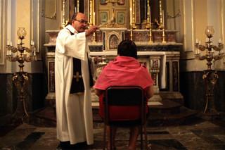 悪魔祓い、聖なる儀式