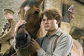 戦火の馬の映画評論・批評