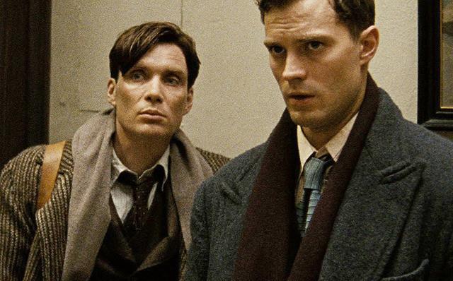 ハイドリヒを撃て!「ナチの野獣」暗殺作戦の映画評論・批評