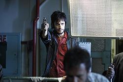 暴力で支配しようとする男をガエル・ガルシア・ベルナルが演じる