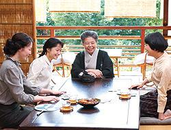ミムラ、宮崎、菊池亜希子演じる三姉妹にも注目