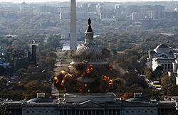 過程とドラマにこだわって破壊されるホワイトハウス!