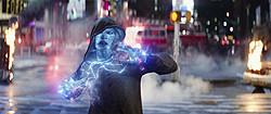スパイダーマンの大ファンだった男が電撃魔人に変貌!