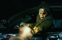 最強の殺人マシーンとして再び銃を取る