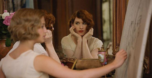ひとりの女性として生きようとするリリーをモデルに、ゲルダは肖像画を描き上げていく