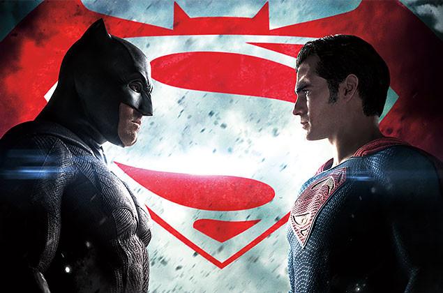 誰もが夢見た、まさかの2大スーパー・ヒーロー対決がついに実現!