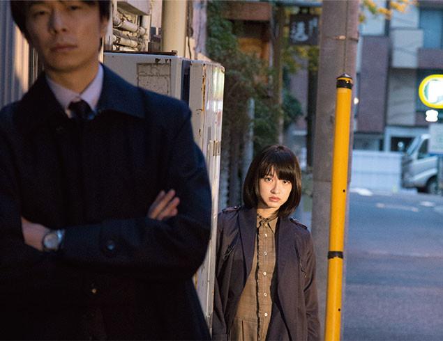 本作で映画単独初主演を果たした門脇麦が、尾行に没頭する女子大院生を細やかに演じる