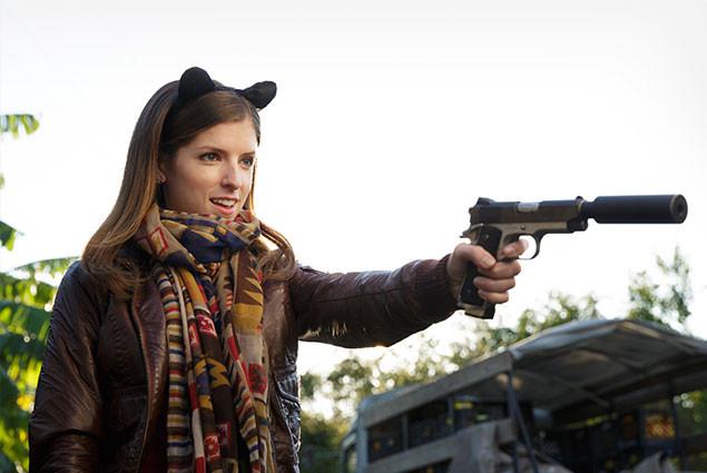 """""""ネコ耳""""女子がサイレンサー付きの銃をブッ放す! このギャップがたまらない!!"""