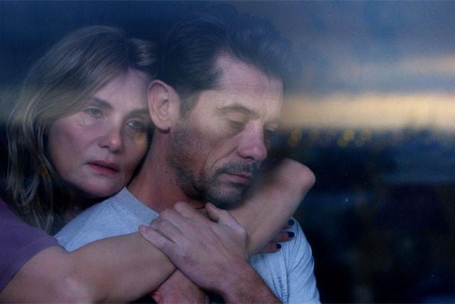 突然息子を失ってしまった父と母は、どのように「喪失」を受け入れていくのか?