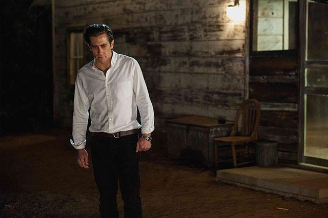 元夫を演じるのはギレンホールだが、「小説の主人公」役としても登場する