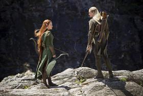 レゴラス(右)と同じエルフ族の新キャラクター、タウリエル(左)のテーマも!