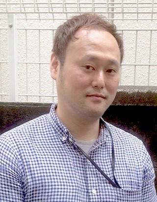 雲藤隆太氏