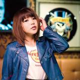 「リスアニ!」の最新刊発売を記念して、新田恵海のスペシャル衣装展&みみめめMIMIの試聴会&トークショーを開催