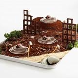 「トリプル・ドムとうふ」ジオラマ風飾り付け例