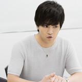 「コンクリート・レボルティオ~超人幻想~」石川界人インタビュー 「カギは左手が握っている」と謎を暗示