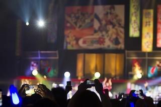 今回のライブでは写真・動画の撮影が許可された。