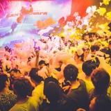 泡まみれで踊る「泡パ」と「GANTZ:O」がコラボしたダンスイベント 会場に巨大なGANTZ球も