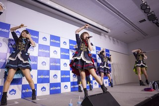 「i☆Ris」澁谷梓希デザインの衣装で17年第1弾シングルのリリースイベント